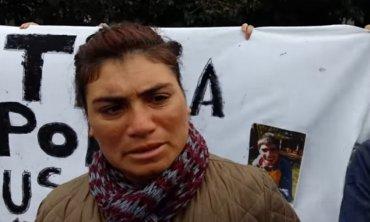 """Madre de joven que falleció tras descompensarse en una granja insiste: """"A mi hijo lo dejaron morir, lo abandonaron"""""""