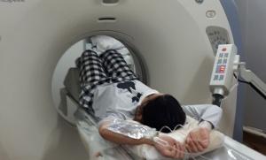 Presentan mejoras en la atención y equipamiento en dos hospitales comunales